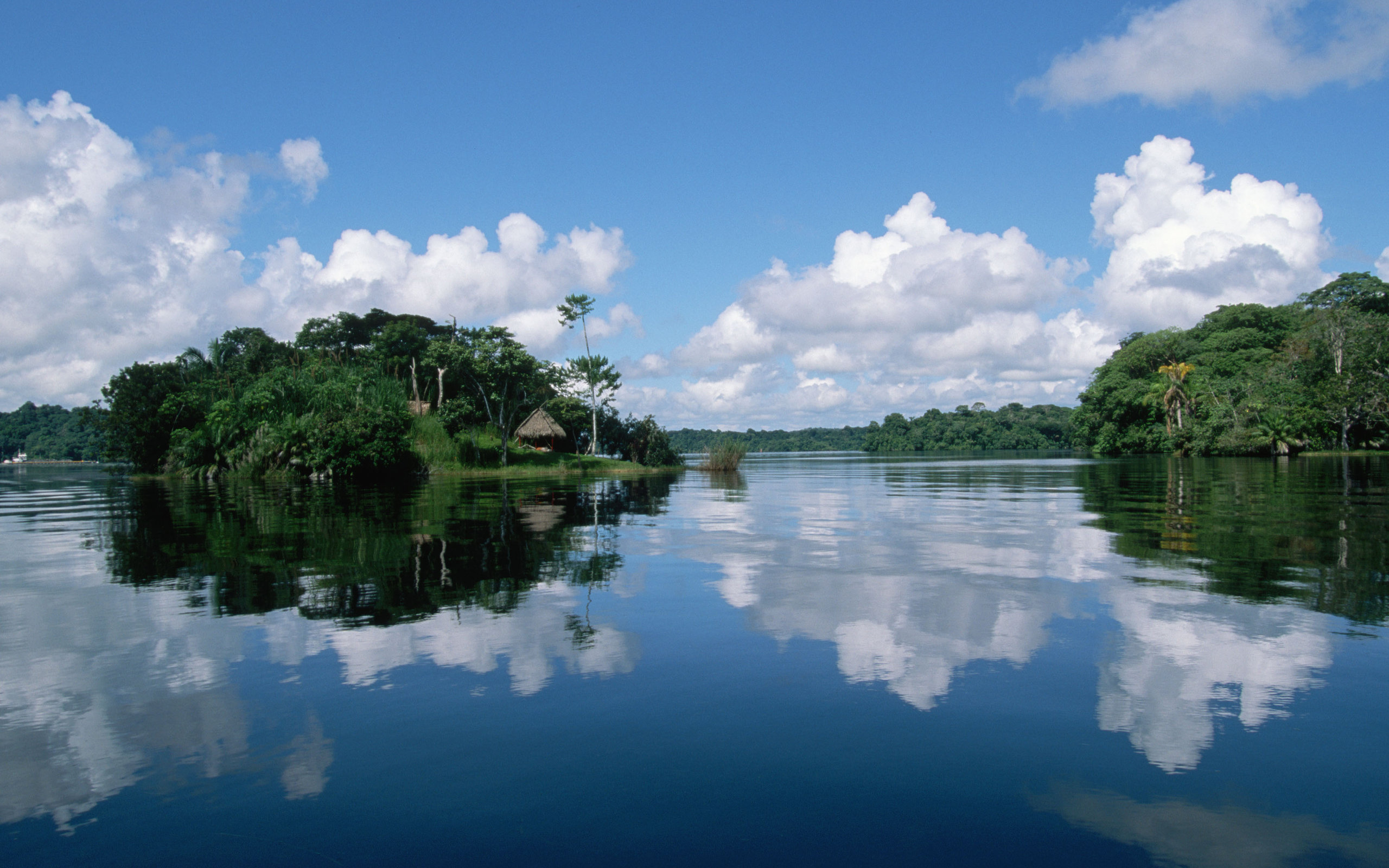 R veillon no rio amazonas emo7ion tour - Amazon wallpaper hd ...
